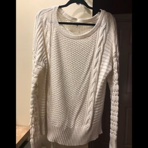 White sweater with crotchet sleeves